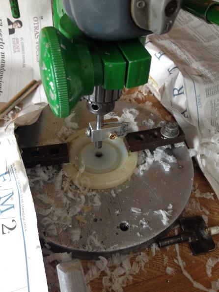 Proceso de fresado circular para moldes de ruedas de radiocontrol