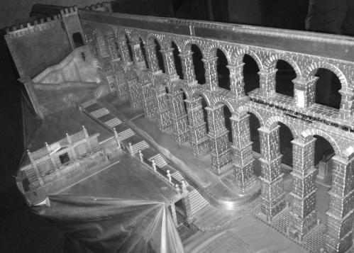 Maqueta del Acueducto de Segovia a escala 1:120